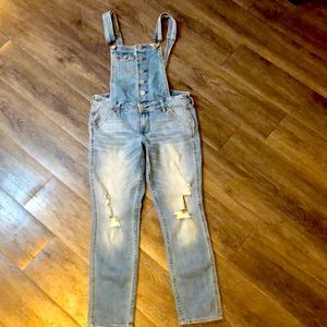 NWOT HOLISTER OVERALLS XS